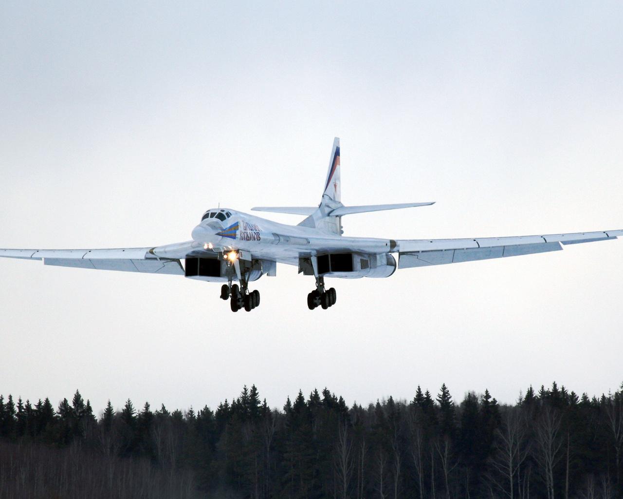 Модернизированный «Белый лебедь» Ту-160 совершил первый полет
