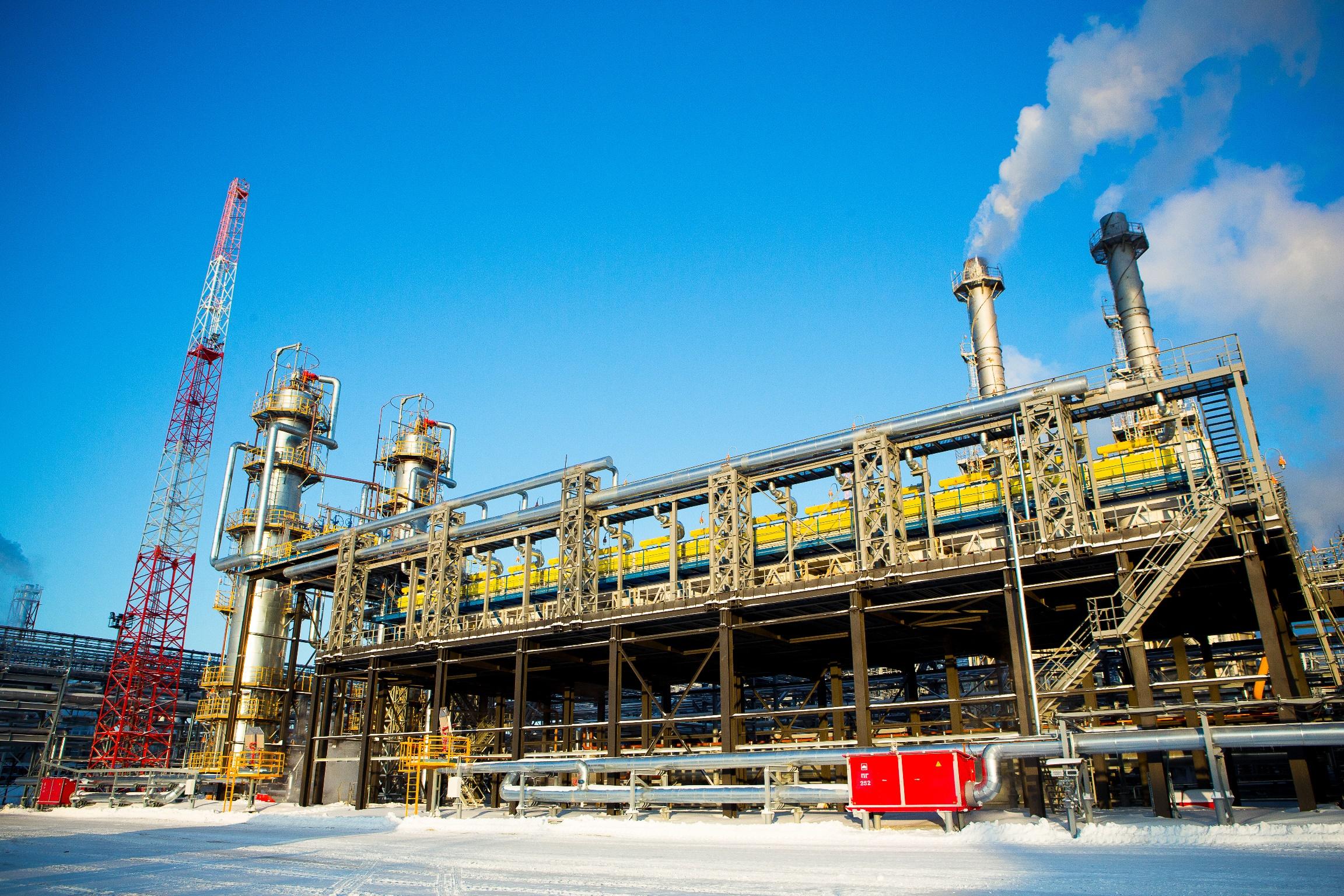 На Сургутском заводе по стабилизации конденсата (ЗСК) введена в эксплуатацию установка стабилизации конденсата № 3
