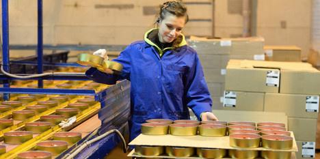 В Ленинградской области открылся завод парафиновых свечей