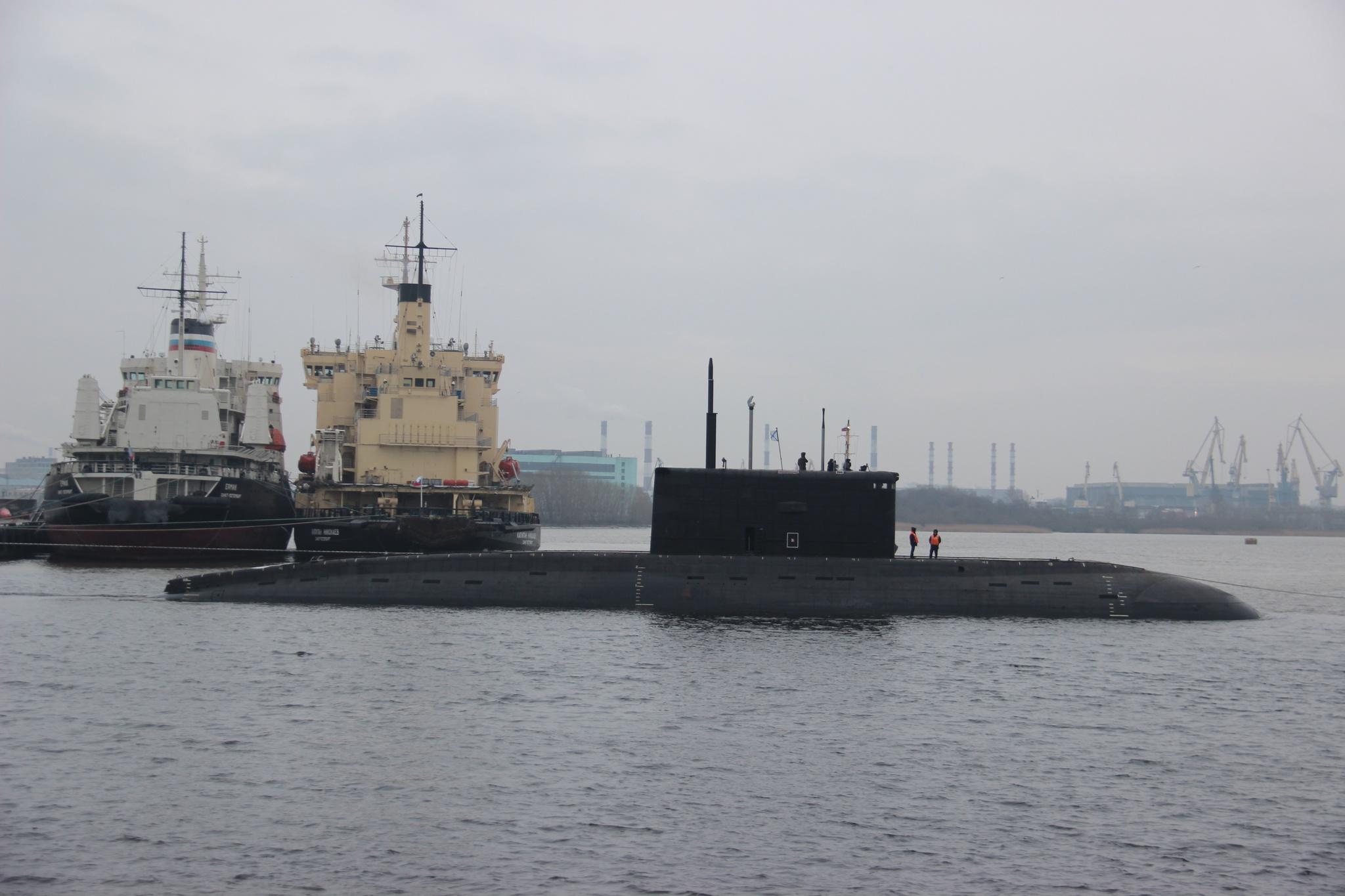 """""""Адмиралтейские верфи"""" спустили на воду пятую субмарину для ВМС Вьетнама"""