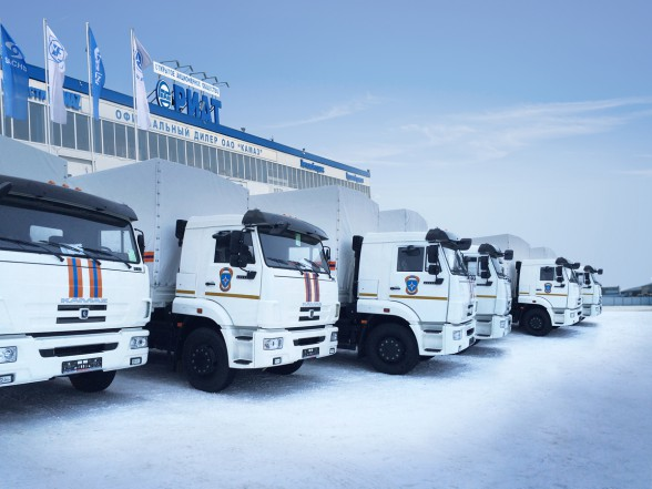 МЧС России получило 22 специальных автомобиля КАМАЗ