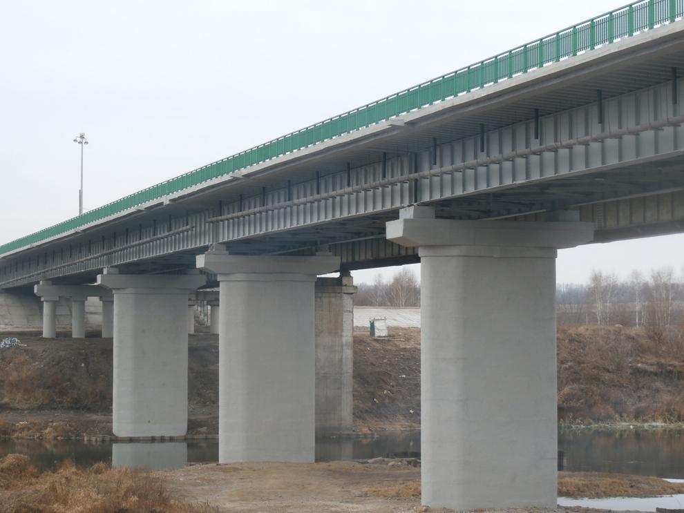 Введен в эксплуатацию мост через реку Дон