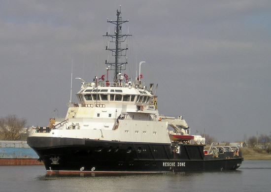 На Каспийской флотилии проводятся заводские ходовые испытания нового спасательного судна