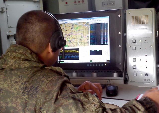В войска ЦВО поступили новые тренажерные комплексы РЭБ