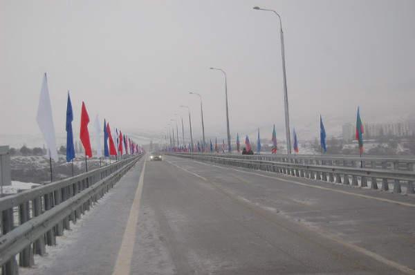 В Карачаево-Черкесии введен в эксплуатацию новый мост-эстакада