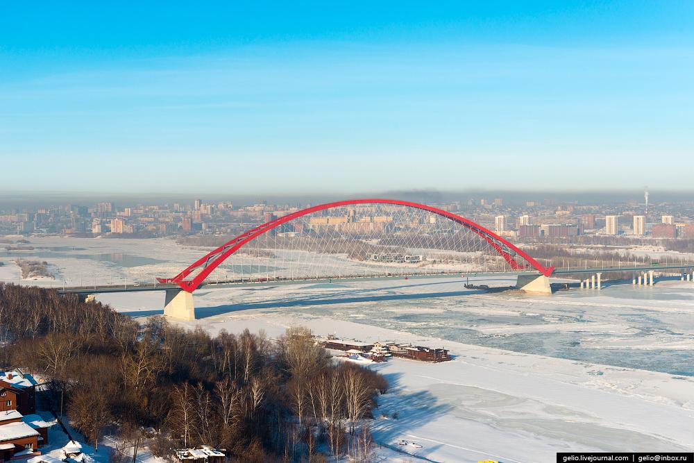 Бугринский мост — третий по счёту мост через Обь.