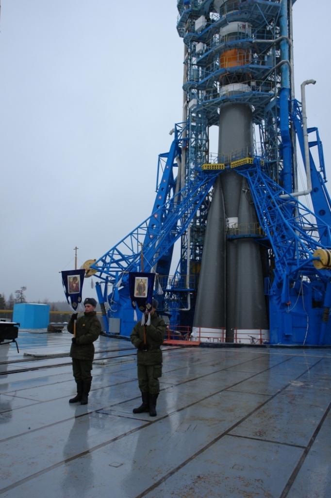 "РКН ""Союз-2.1а"" установлена на стартовом комплексе космодрома Плесецк"
