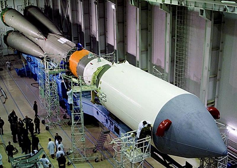 На космодром Плесецк доставлен российский космический аппарат нового поколения