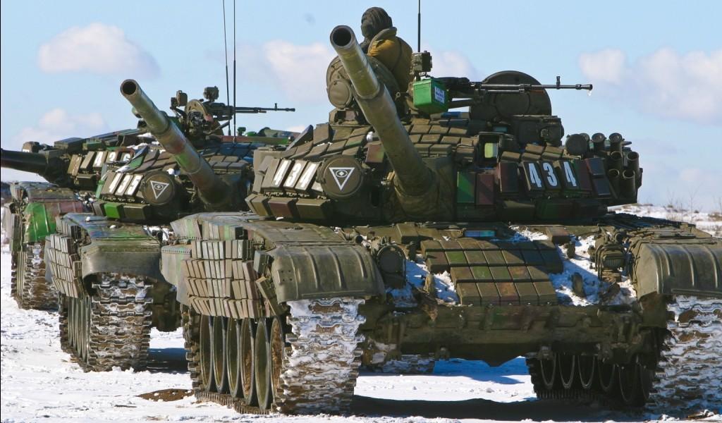 Военные учения с танками и БТР стартовали в Чечне