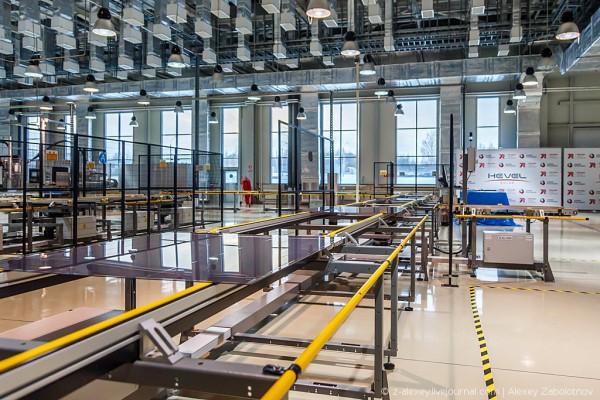В производственную эксплуатацию запущен первый в России завод полного цикла по производству солнечных модулей