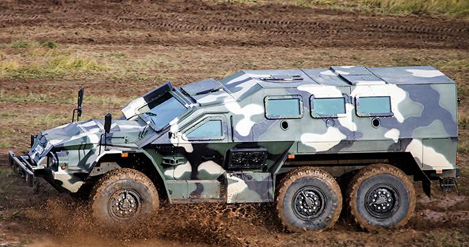 В России состоялась демонстрация бронеавтомобилей «Скорпион» и «Булат»