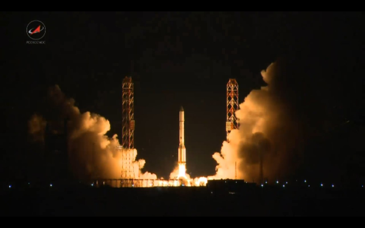 Ракета «Протон-М» с космическим аппаратом «Экспресс-АМ7» стартовала с космодрома Байконур