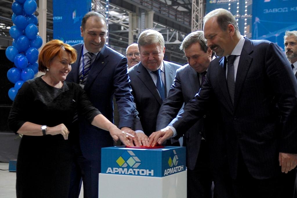 В Новосибирске состоялось открытие завода крупнопанельного домостроения