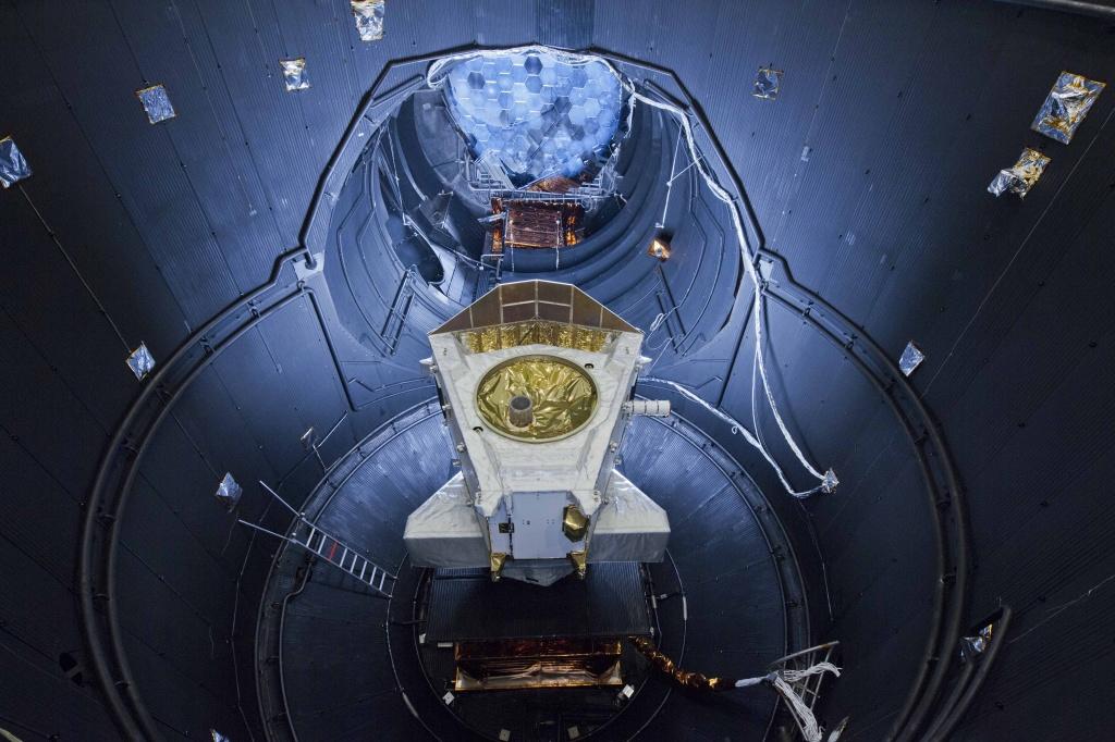 В Томске создана установка, имитирующая все основные вредоносные факторы космоса