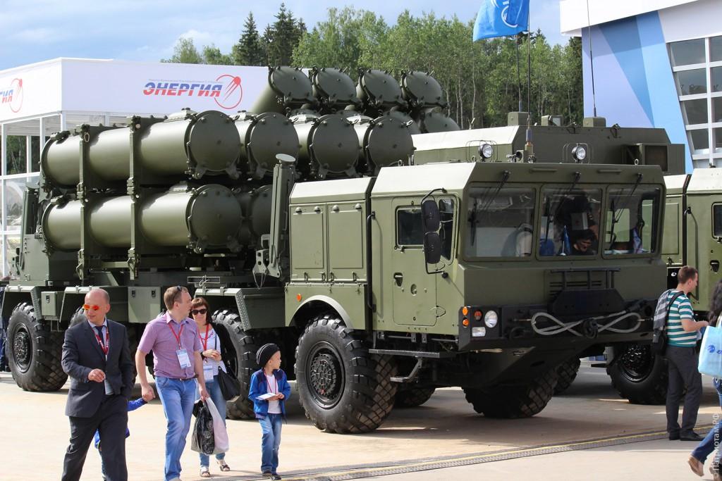 """Береговой ракетный комплекс """"БАЛ-Э"""". Оснащен противокорабельными крылатыми ракетами типа Х-35Э."""