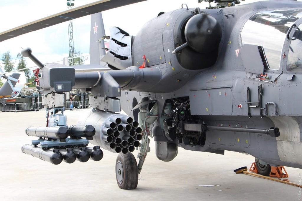 "Ракеты и пушка вертолета ""Ка-52""."