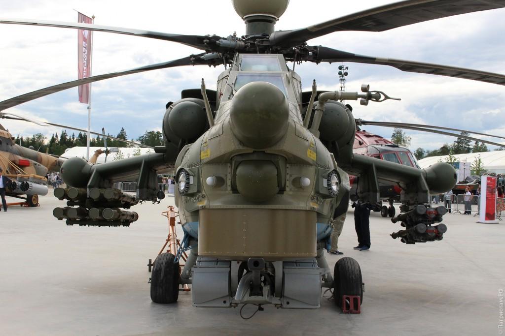 """Ударный вертолет учебно-боевой """"Ми-28УБ""""."""