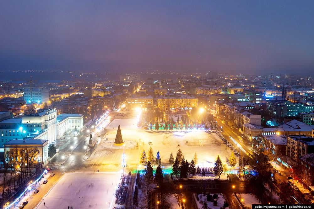 Площадь Куйбышева — самая большая по величине площадь в Европе.