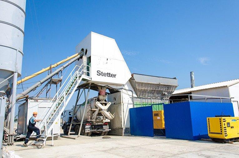 В Керчи запущен модульный бетонный завод для строительства моста