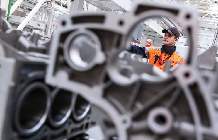 """Компания """"Форд"""" начала производство автомобилей с российскими двигателями"""