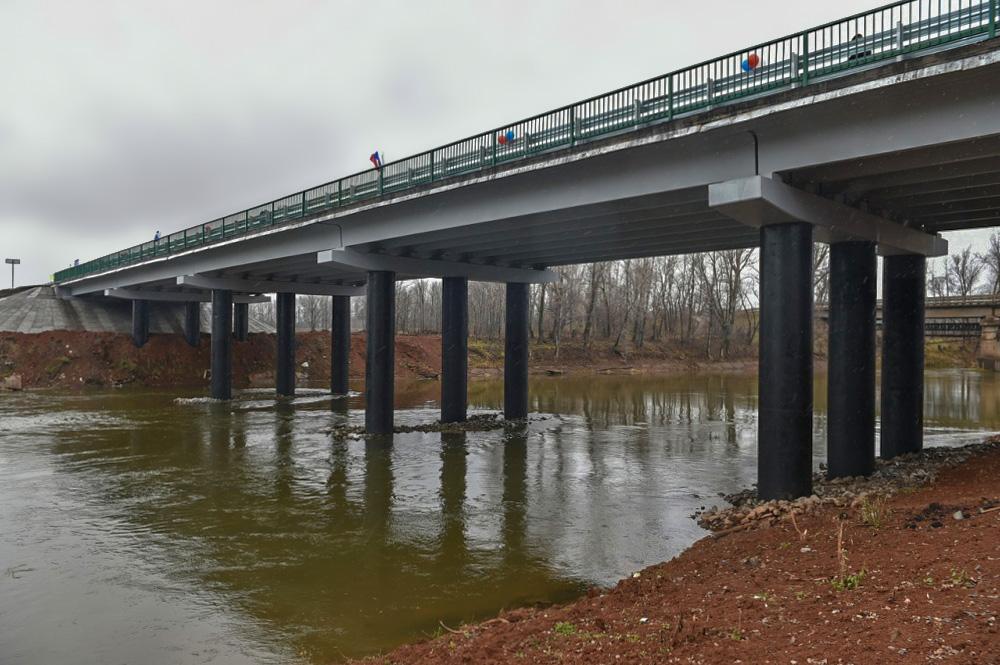 Новый мост через реку Сива на автодороге Воткинск-Чайковский открыт в Удмуртии