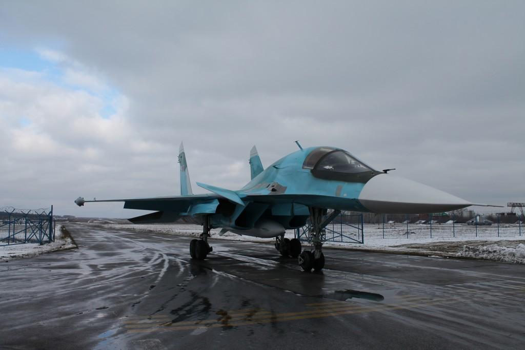 Партию фронтовых бомбардировщиков Су-34 получили ВКС РФ