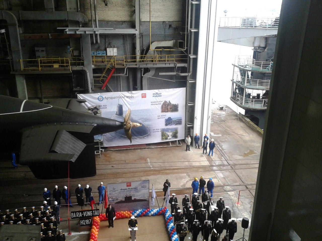 6-ю подлодку для ВМС Вьетнама спустили на воду «Адмиралтейские верфи»