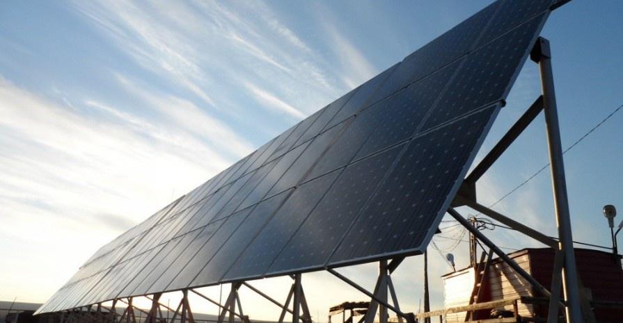 3 новых солнечных электростанции начали работу в Якутии