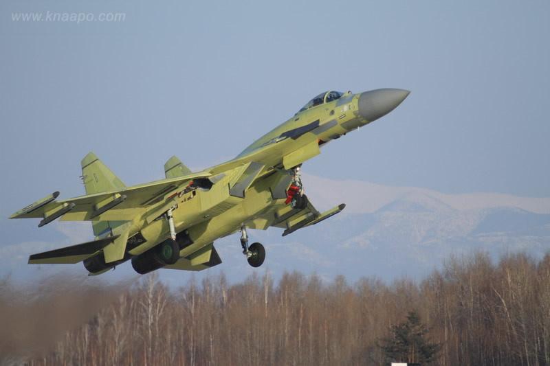 Очередной Су-35С совершил первый полет