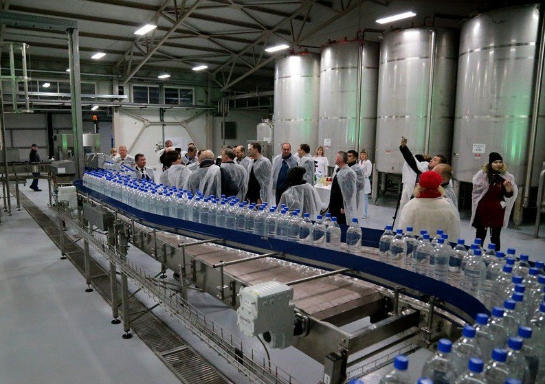 В Алтайском крае на на Бочкаревском заводе запущена линия розлива безалкогольной продукции