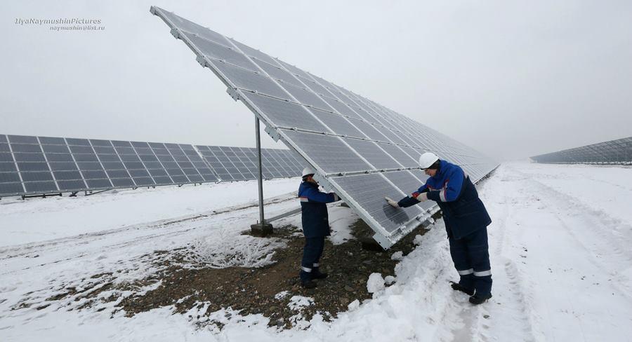 В Хакасии открыли крупнейшую в Сибири солнечную электростанцию