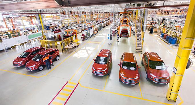 На заводе Ford Sollers в Набережных Челнах началась серийная установка двигателей российского производства, выпускаемых на новом заводе в Елабуге, на автомобили Ford EcoSport. Субкомпактный кроссовер Ford EcoSport стал второй моделью Ford, получившей российский двигатель, вслед за новым Ford Fiesta, самым доступным автомобилем бренда Ford в России. Третьей моделью Ford российского производства, которая будет оснащаться двигателем 1,6 л Duratec, станет новый Ford Focus. Инвестиции в новый завод Ford Sollers по производству двигателей составили 275 млн долл. Выпускаемые двигатели имеют существенный уровень локализации, получая основные компоненты от российских поставщиков, и произведены из локального сырья. Компания завершила очередную стадию локализации, выйдя на показатель в 300 локализованных компонентов.