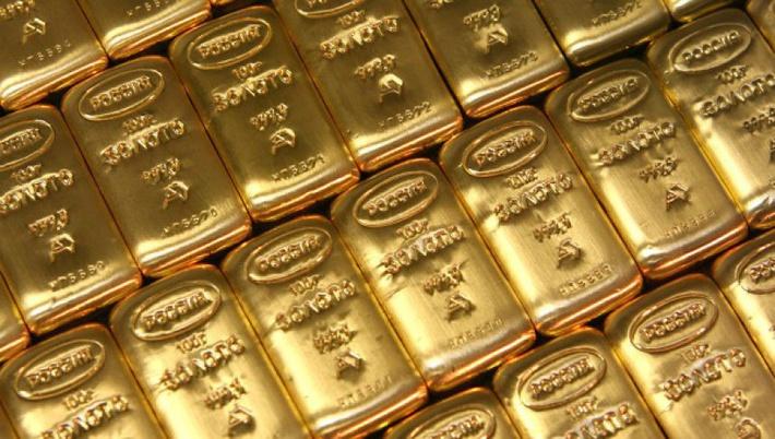 Золотой запас России стал больше на 208 тонн за 2015 год.