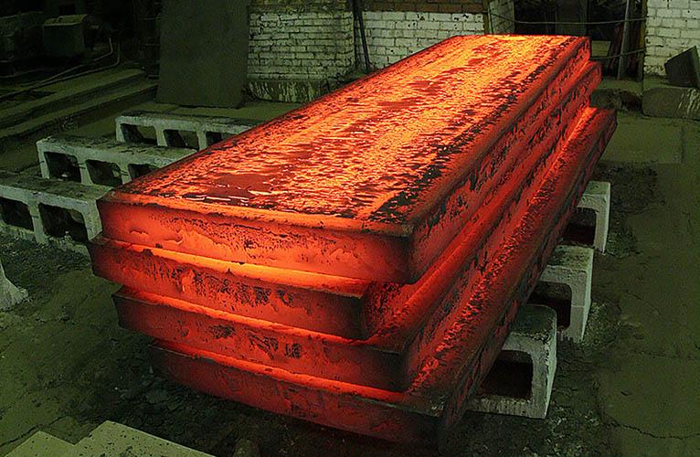 Челябинский металлургический комбинат выплавил миллионную тонну нержавеющей стали