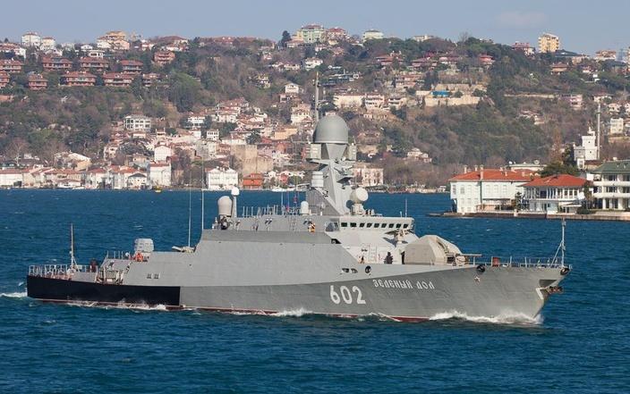 Два корабля Черноморского флота направляются в Средиземное море