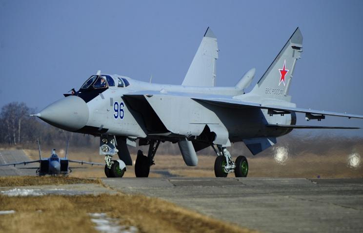 Истребители МиГ-31БМ совершили беспосадочный перелет в 5,5 тыс. км с двумя дозаправками в воздухе