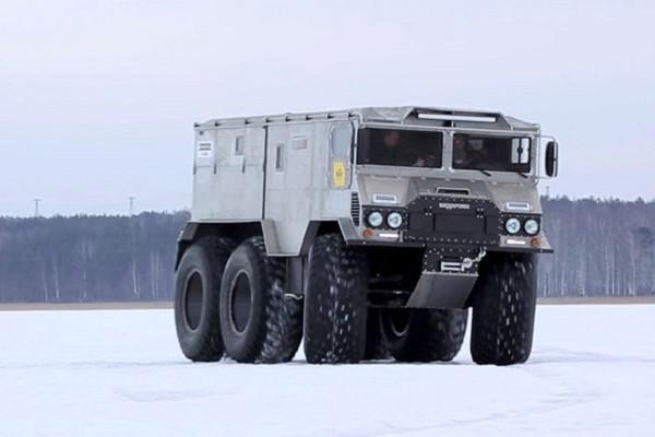 Отечественный вездеход Бурлак проходит испытания в Арктике
