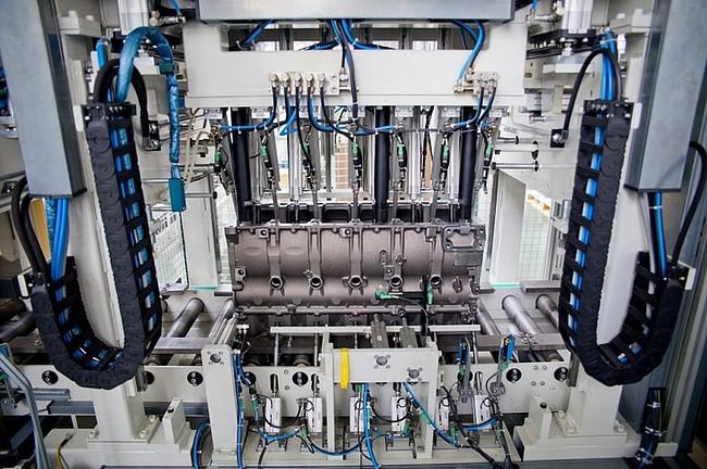 Продукция Ярославского моторного завода используется в двигателях Mercedes