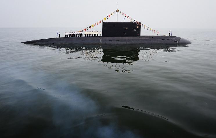 Пятую подводную лодку проекта Варшавянка спустили на воду в Санкт-Петербурге