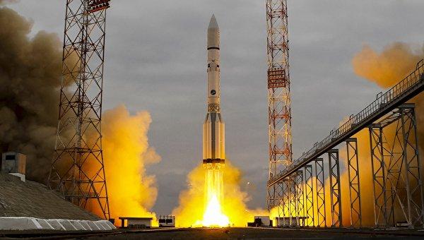 Ракета-носитель Протон-М с станцией для поиска жизни на Марсе ЕxoМars-2016 стартовал с Байконура
