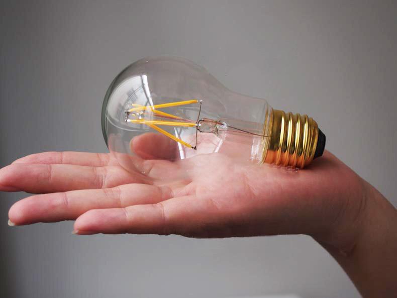 В Мордовии началось производство светодиодных филаментных ламп с повышенной светоотдачей мощностью 9 ватт