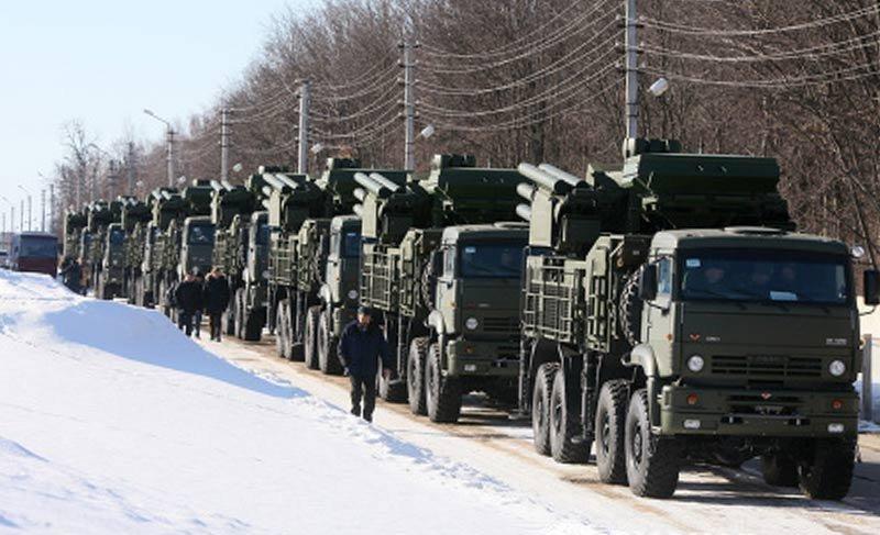 В Подмосковье на боевое дежурство заступили два дивизионных комплекта Панцирь-С