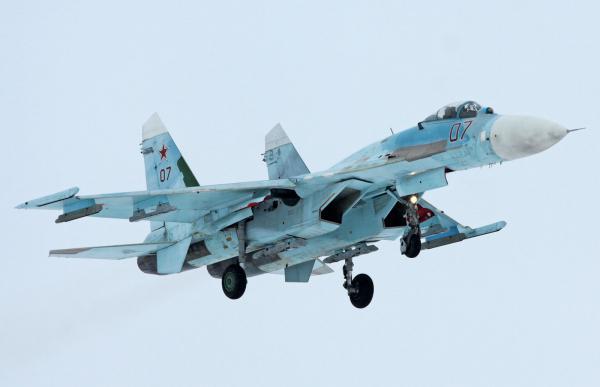 Авиаполк Западного военного округа получил звено многоцелевых истребителей четвертого поколения Су-27-CМ