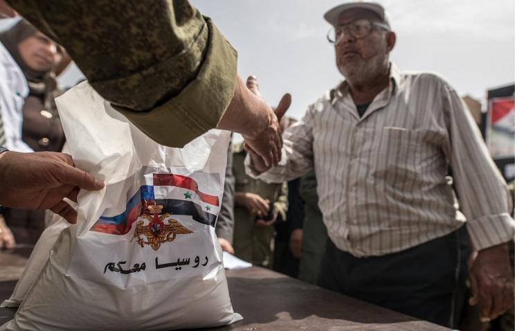 Четыре тонны российской гуманитарной помощи доставлены в населенные пункты Сирии