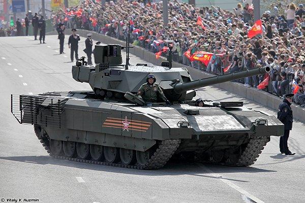 Министерство обороны РФ заказало 100 танков Армата