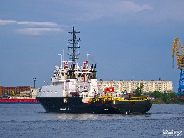Моряки Каспийской флотилии приступили к государственным испытаниям нового спасательно-буксирного судна СБ-738