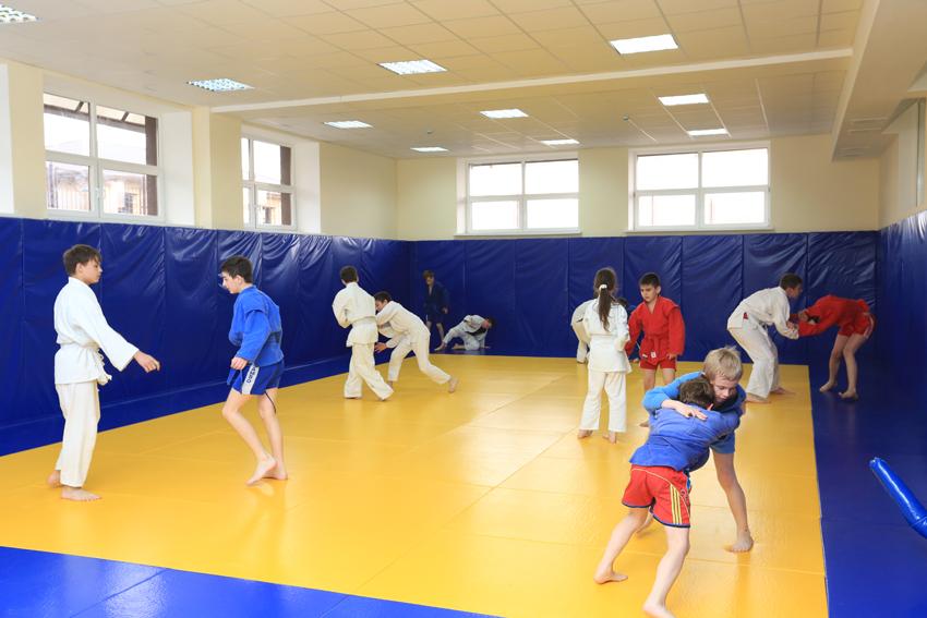 Новый спортивный комплекс открыт в Ставропольском крае