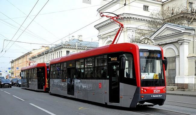 В Санкт-Петербурге на маршруты вышли модернизированные трамваи