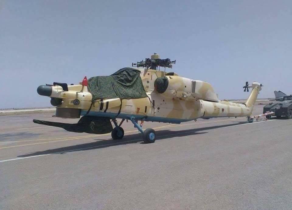 """По сообщению алжирского ресурса """"SecretDifa3"""", 26 мая 2016 года на одну из алжирских авиабаз из России были доставлены первые два из построенных для Алжира боевых вертолета Ми-28НЭ. Вертолеты были перевезены на борту военно-транспортного самолета Ан-124, и в настоящее время проходят сборку и монтаж оборудования. Вероятно, летные испытания начнутся на следующей неделе."""
