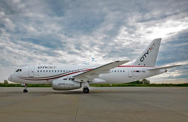 Ирландская авиакомпания CityJet получила первый самолет SSJ 100